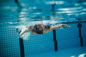 One-Hour Workout: Aerobic Swim with High-Intensity Bursts